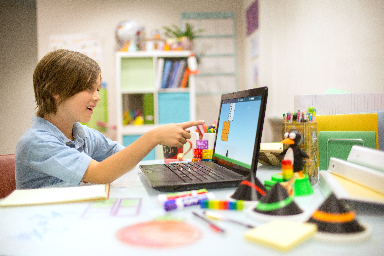 blog.mindresearch.orghubfsBlogHomeschool-Boy_Laptop